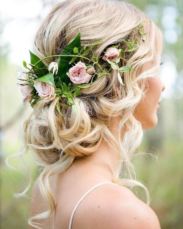 Curly Updo with a Fantastic Flower Arrangement