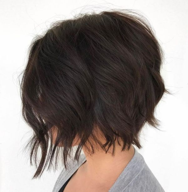 Ideas of short shaggy haircuts with bangs 2