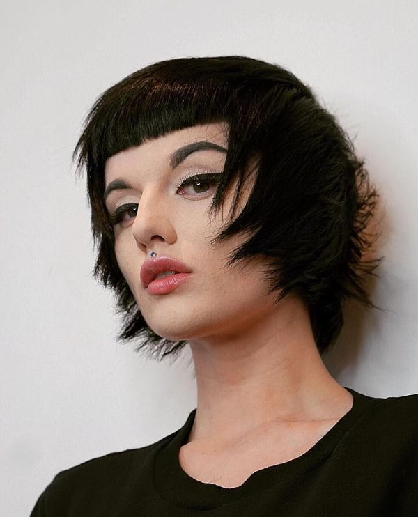 Womens shaggy hairstyles for short hair 4