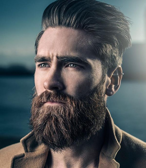 Most Popular Medium Haircuts for Guys with Straight Hair 4