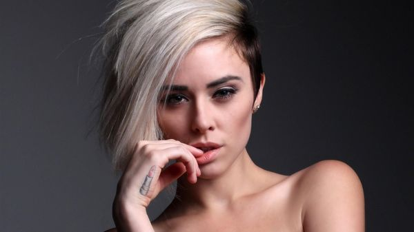 Creative Short Bobbed Hair Style with Undercut 1