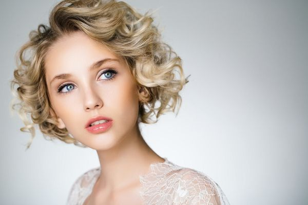 Curly and Wavy ALine Bob Hairstyles 2