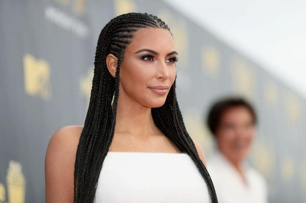 32 Long Hairstyles For Black Women (November 2019
