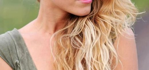 The Best Long Length Hairstyles for Blondes 3
