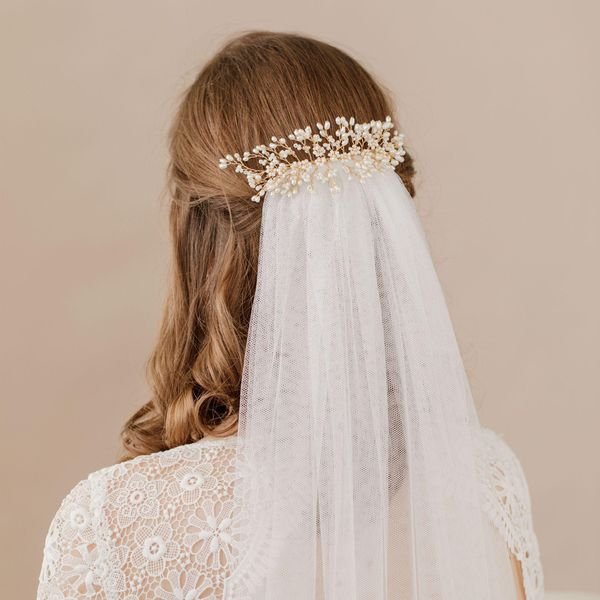 Beautiful Long Wedding Hairstyles With Veil 1