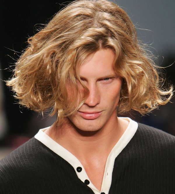 Sexy Long Blonde Hair Styles for Guys 1