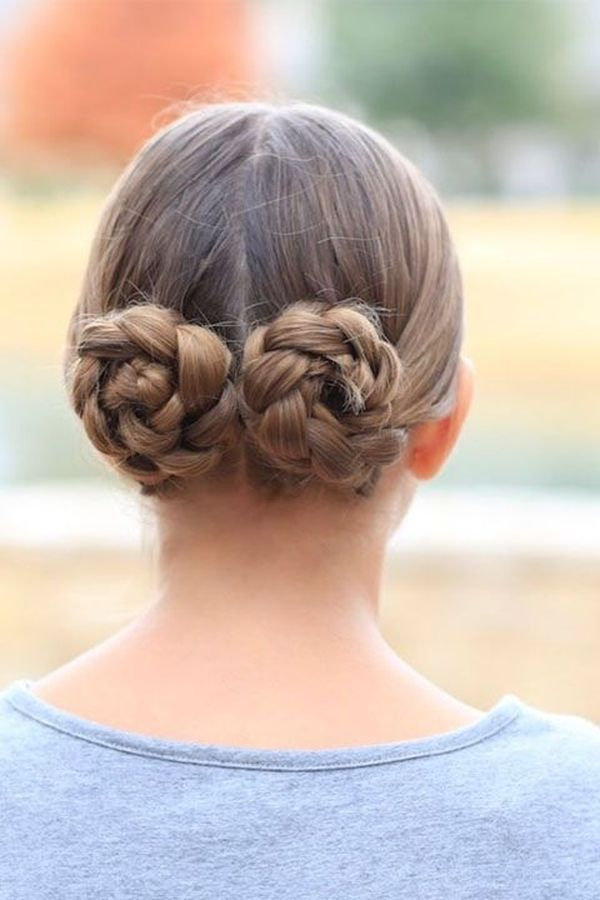Classy Hair Up Hairstyle For Girls With Medium Hair 4