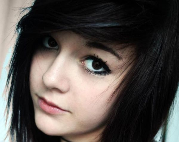 Best Emo Hairstyles For Girls (Trending In August 2019
