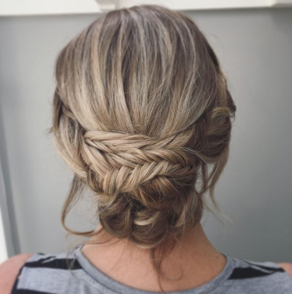 Formal hairstyles for long hair to wear at prom 4