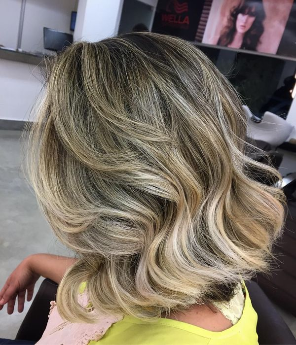 Long To Shoulder Length Bob Hairstyles With Layers 6