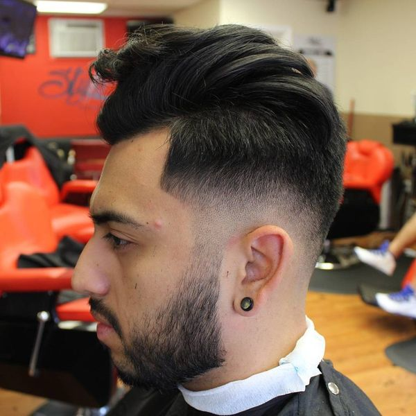 Modern Hairstyles For Guys To Get The Messy Hair Look 7