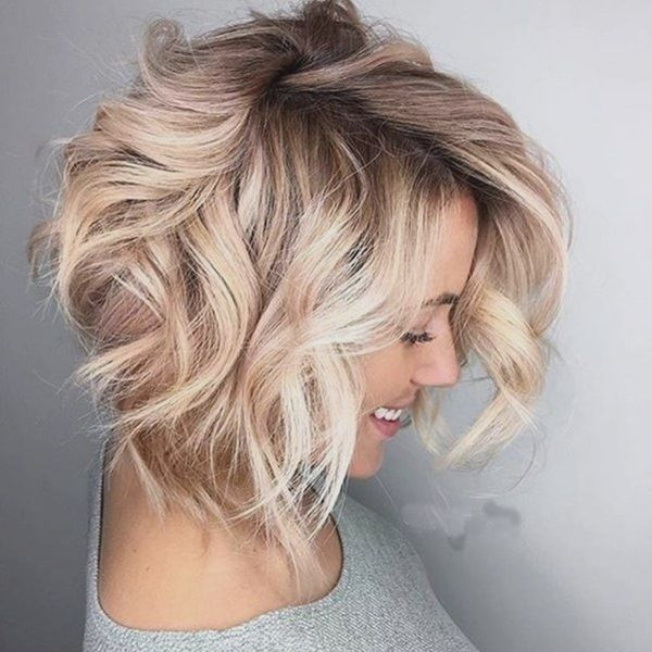 Modern short wavy hairstyles for girls 3