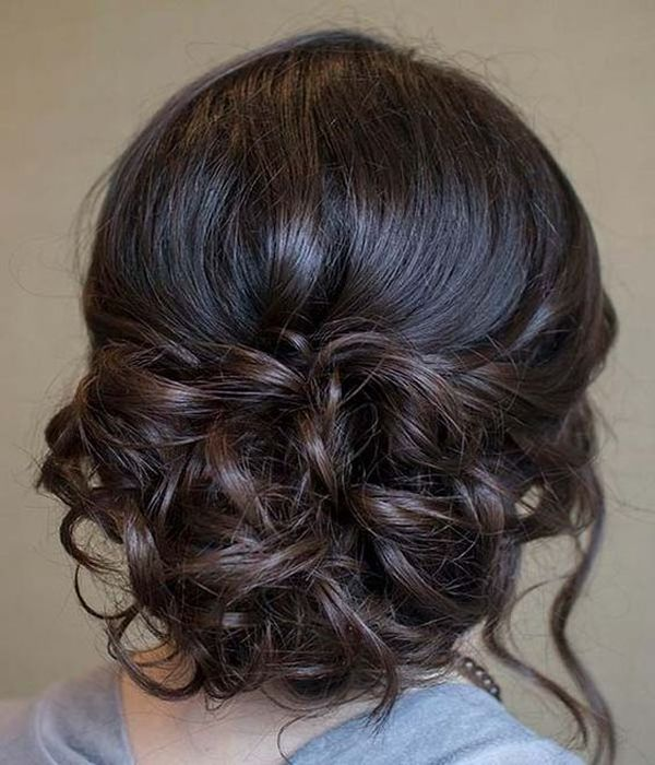 Stylish curled updos for proms 2
