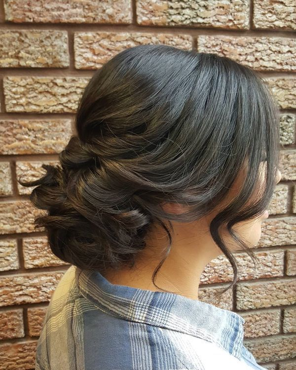 Stylish curled updos for proms 5
