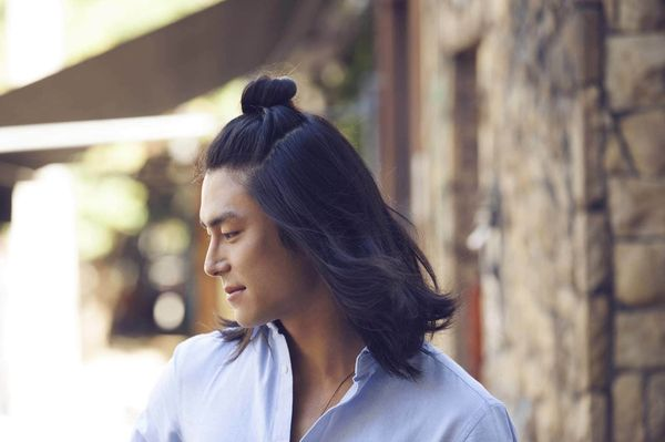 TopKnot Ideas for A Man with Long Hair 2