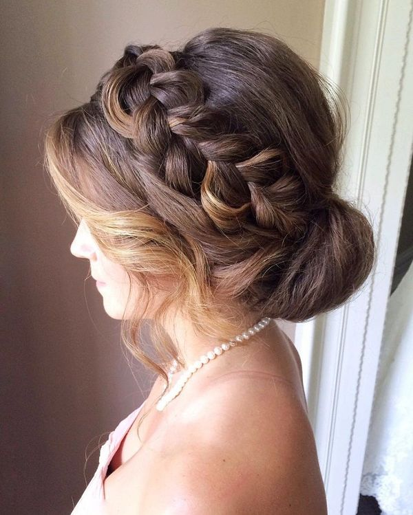 The Best Up Hairdos for Long Hair 3