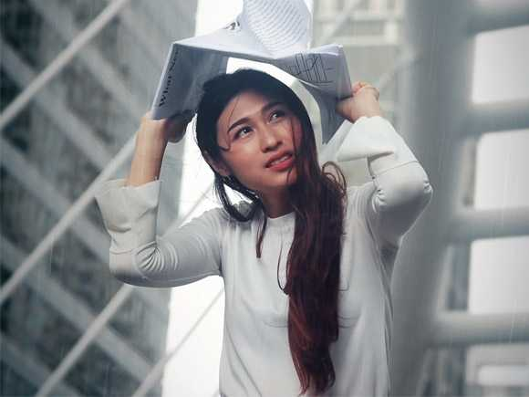 7 Hair Care Tips After Getting Drenched In Rain