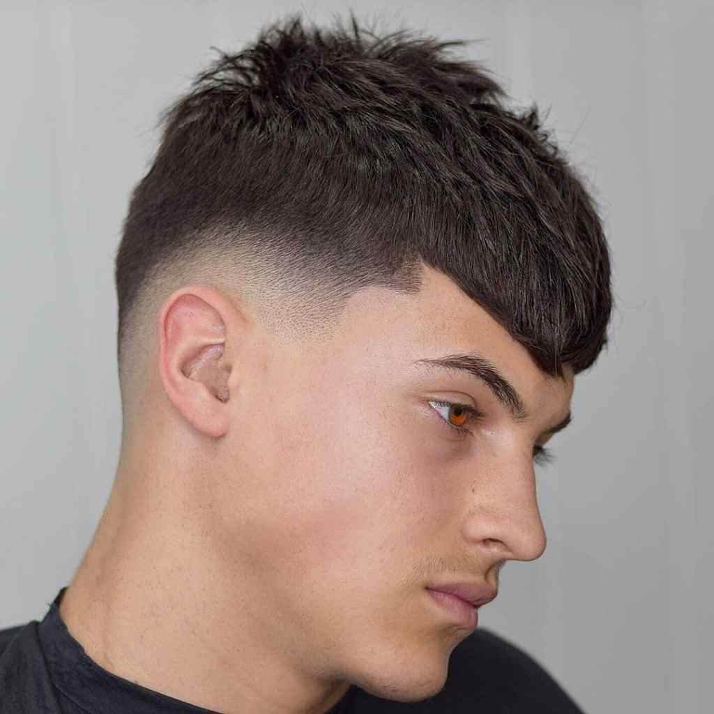Low Side Haircut-Fade haircuts for men-men's fade haircuts-men's haircuts #menshair #menshaircuts