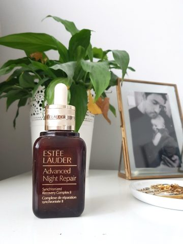 close up of Estee Lauder Advanced Repair Serum