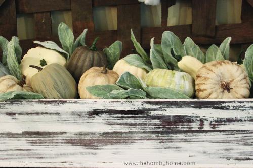 fall_console_vignette_pumpkin-planter
