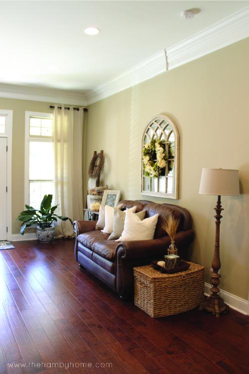 fall-living-room-home-tour-v2