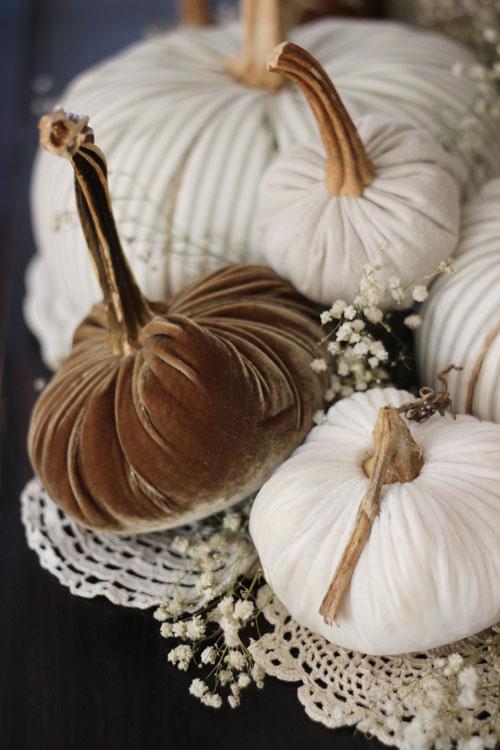 Fabric-Pumpkins-Doilies-and-Babies-Breath-2