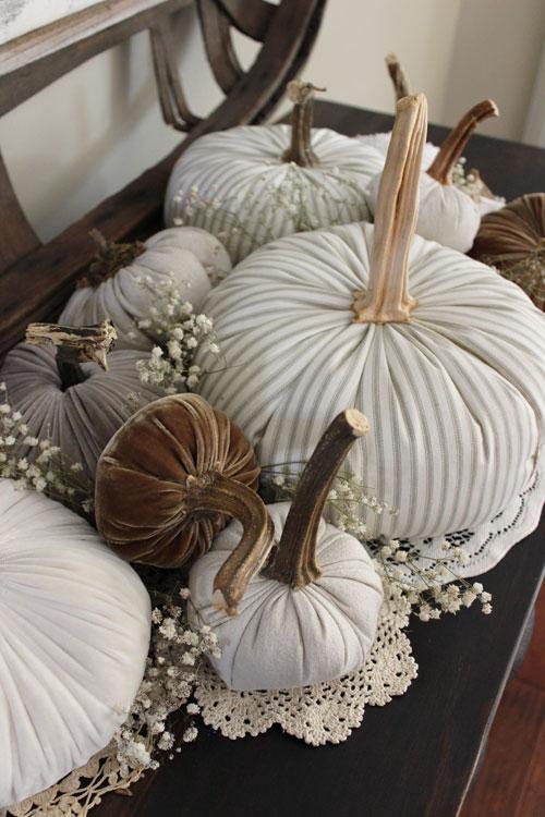 Fabric-Pumpkins-Doilies-and-Babies-Breath-4