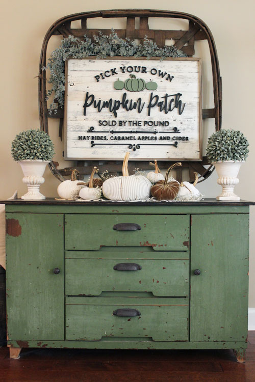 Netural-and-Sage-Green-Console-Table-8