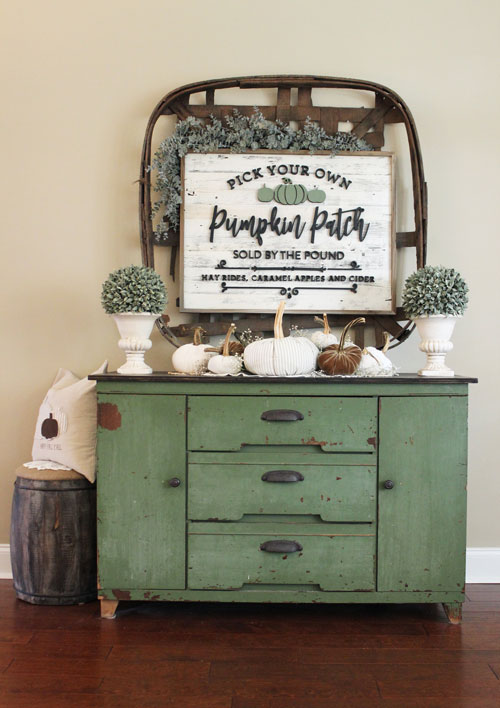 Netural-and-Sage-Green-Console-Table-9