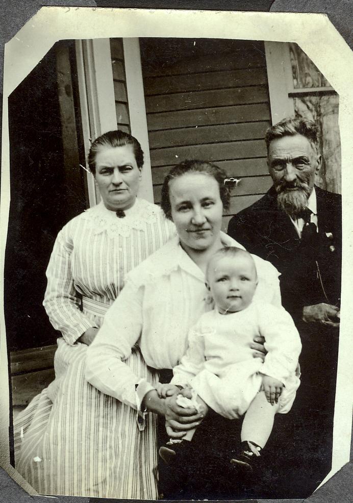 Lillie Estella Andrew, Gladys DeWitt, Claude LaVern DeWitt, and John Wesley Andrew.jpg