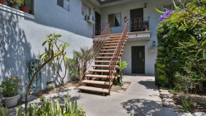 1831_W_Glen_Ave_Anaheim_FOR_SALE_Raoul_and_Vianey_info@thehanovergrp.com (34)