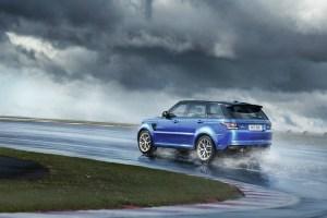Más rápida que nunca: la Range Rover 2015