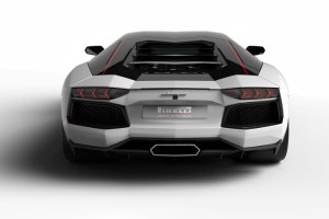 Lamborghini y Pirelli celebran medio siglo de lealtad