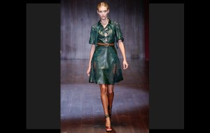 Leather: tendencia reinante esta para primavera 2015