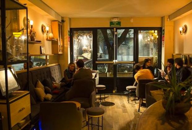 Los mejores lugares para disfrutar un gin en la CDMX - baltra-bar-condesa-1024x694