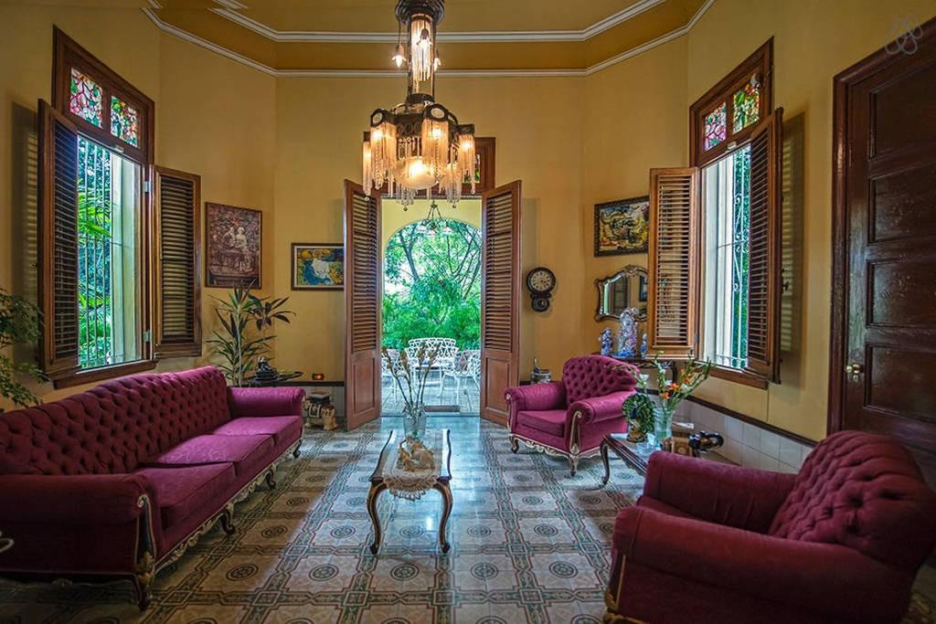 Te decimos cuáles son los mejores departamentos de Airbnb en Cuba - luxury-mansion-mariby-1