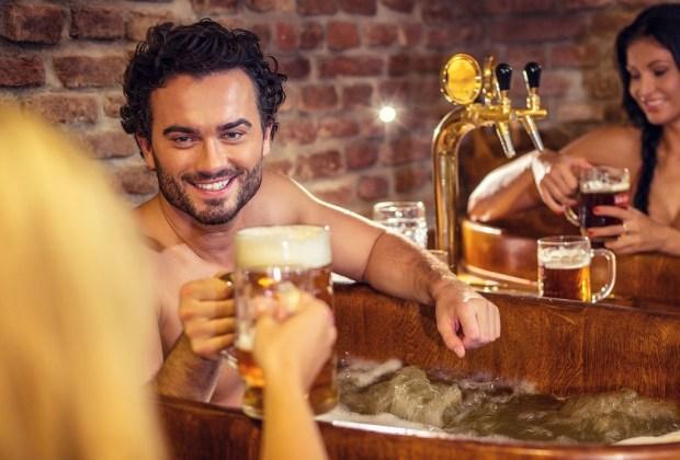 Tu nuevo tratamiento de spa favorito incluye ¡cerveza! - cerveza-spa-1024x694