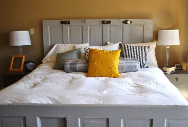 6 alternativas para una cabecera de cama original - Cabecera-puertas-2-1024x694