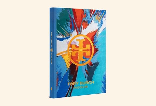 8 libros ideales para decorar tu mesa - tory-burch-in-color-1024x694