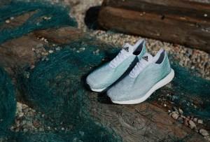 Adidas creó unos tennis con desperdicios del mar