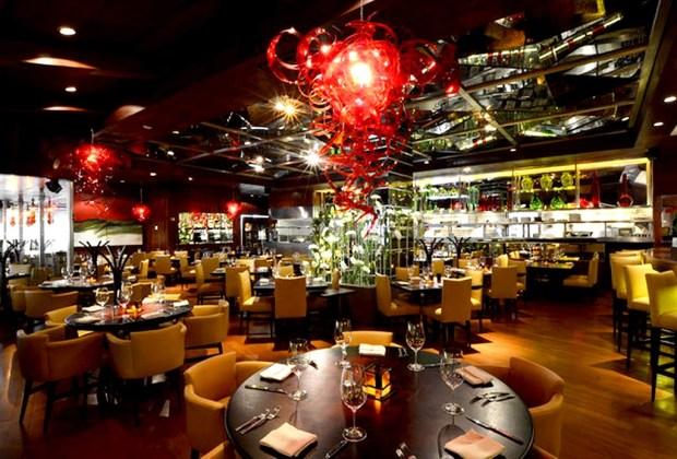 10 restaurantes con las mejores cavas de la CDMX - porfirios-1024x694