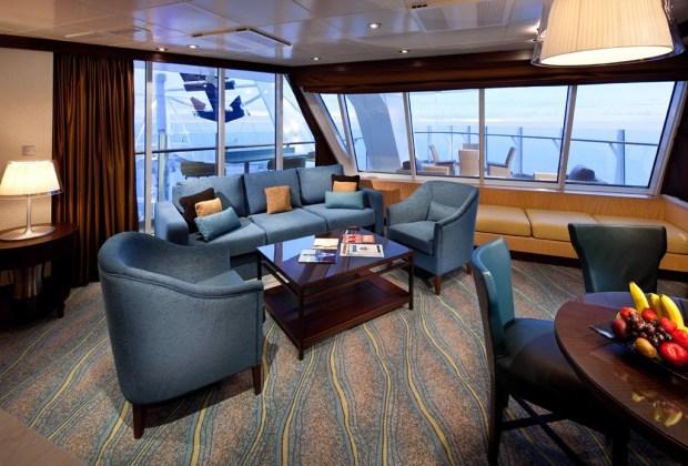 Las 5 suites de cruceros más exclusivas del mundo - acqua-theater-suite-oasis-1024x694