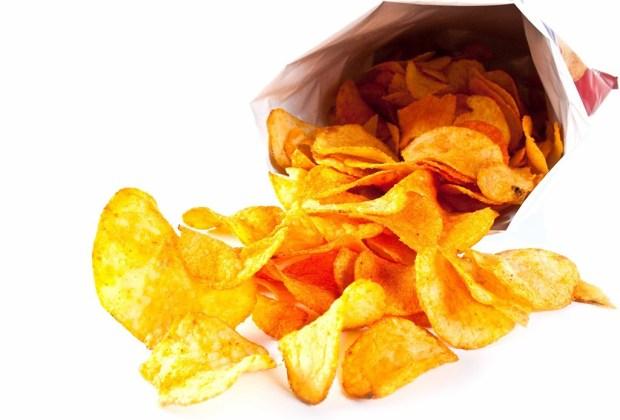 ¡Cuidado! Estos 6 alimentos provocan mal humor - frituras-1024x694