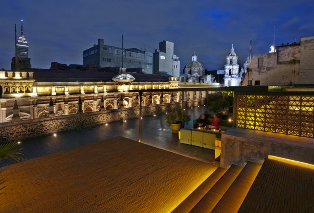 Las 8 terrazas más cool en la ciudad - downtown-mexico-terraza