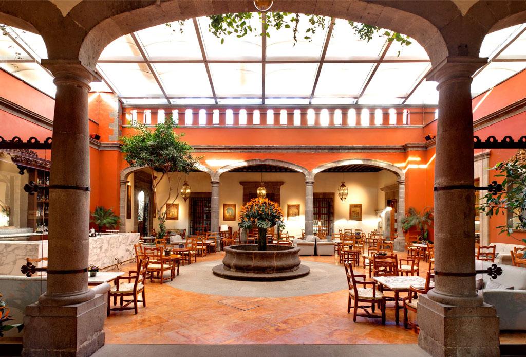 10 restaurantes de la CDMX para celebrar el 15 de septiembre - hacienda-de-los-morales-3