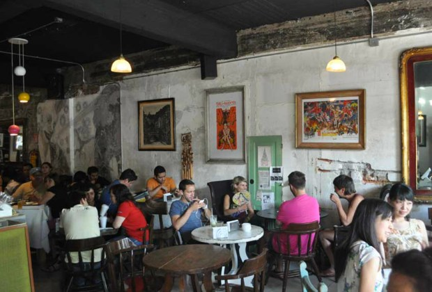 8 hot spots de ambiente bohemio en la Ciudad de México que vale la pena descubrir - mog-roma-1024x694