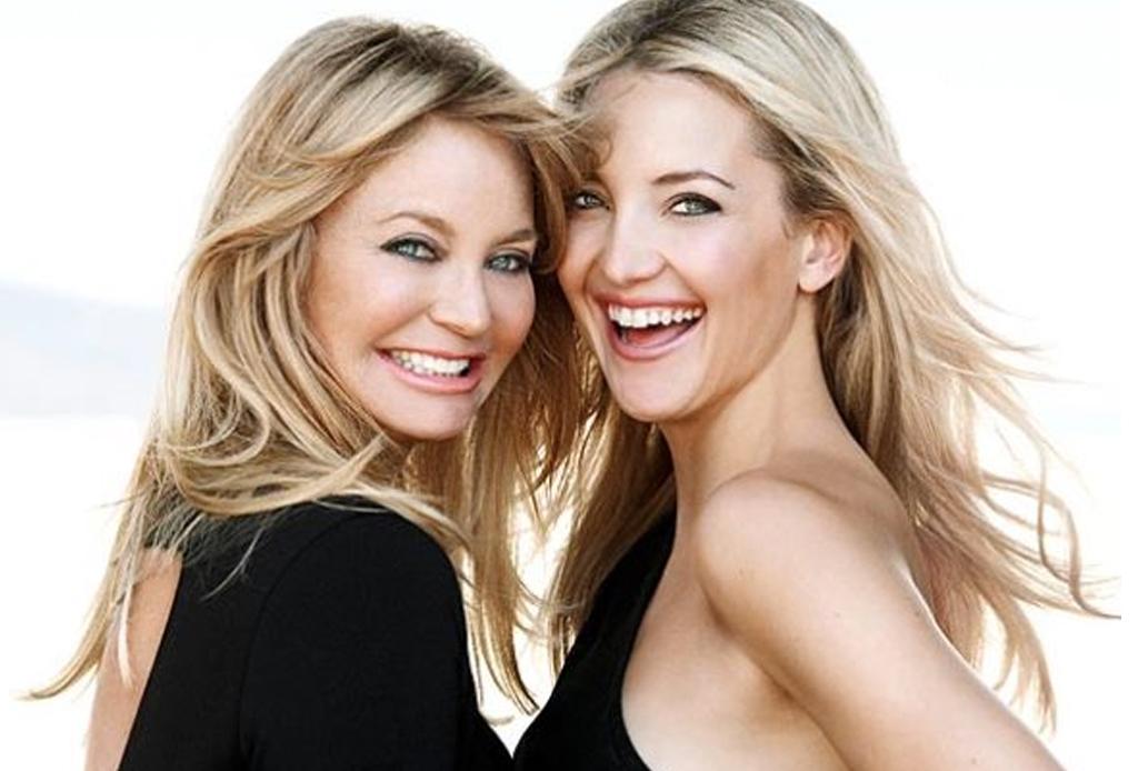 Famosas y sus hijas que parecen gemelas