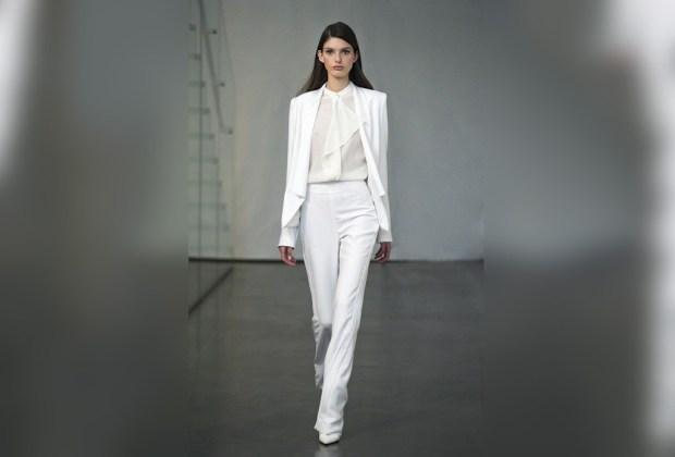 Las 6 tendencias infalibles del 'street style' de otoño - total-white-look-1024x694