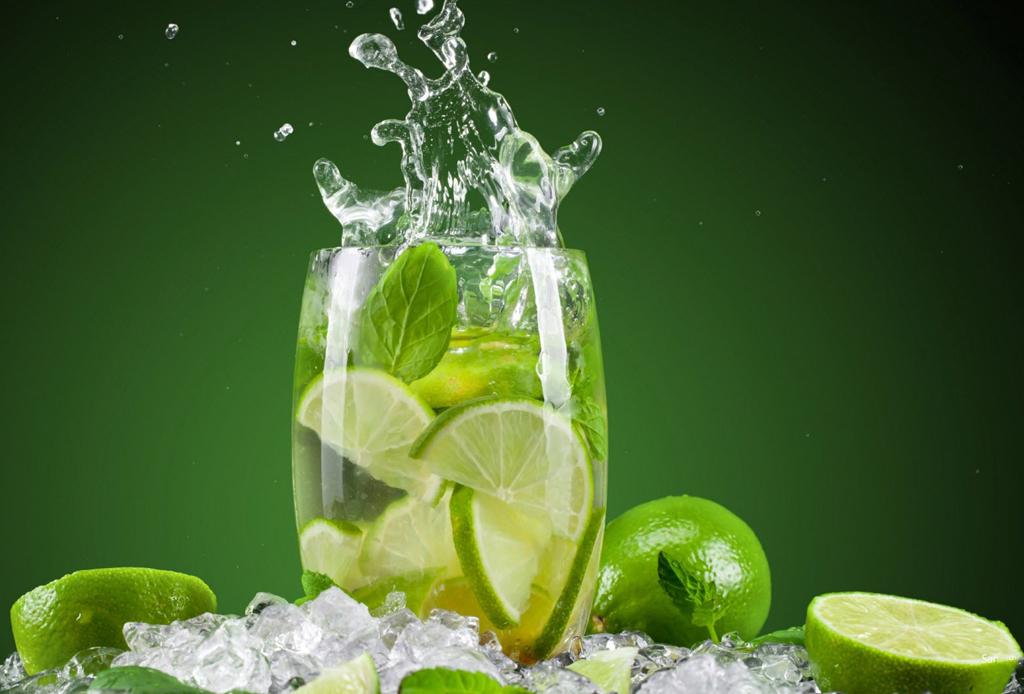 Resultado de imagen para agua con limón