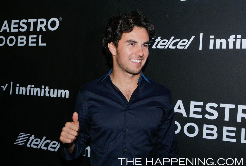 Checo Pérez, Esteban Gutiérrez y Lewis Hamilton celebraron con Maestro Dobel